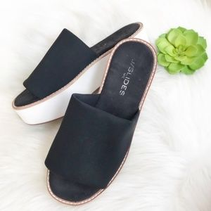 J slide platform sandals